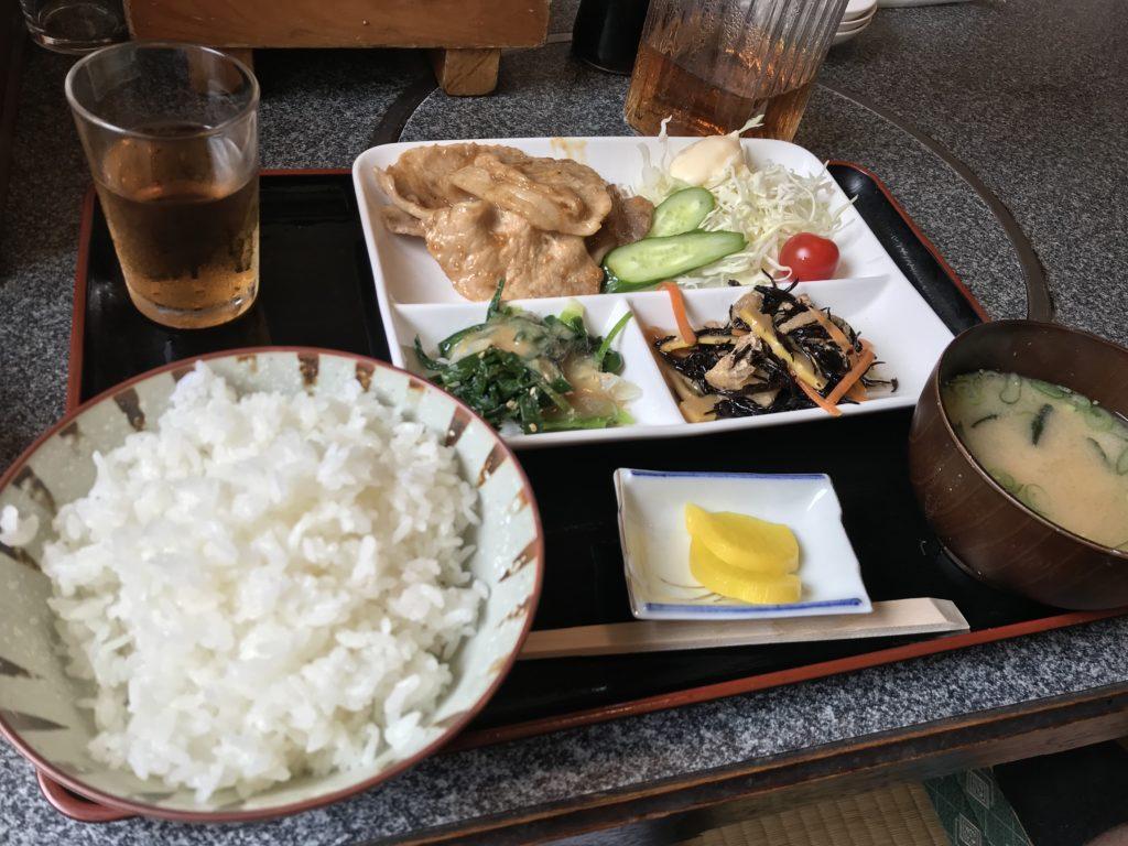 すさみ食堂の生姜焼き定食