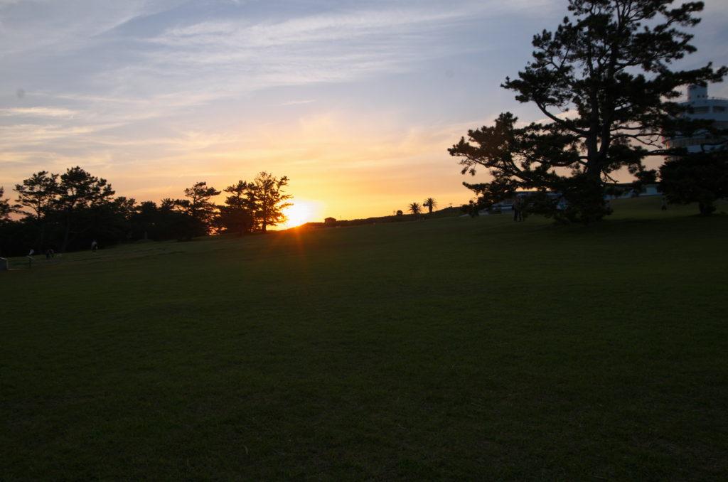 潮岬キャンプ場からの夕陽