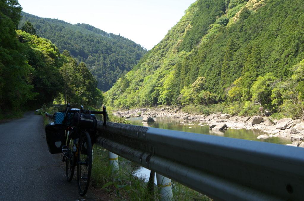 山と川と自転車